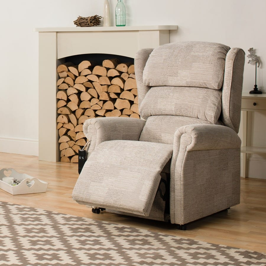 Rimini classic riser recliner chair
