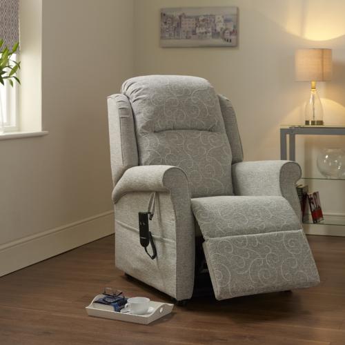 Alba Rec Chair 01a